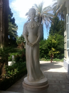 The highlight of my trip was visiting Achilleion palace where Empress of Austria Elisabeth of Bavaria loved. According to our tour guide, Elisabeth was a very unhappy woman and she suffered from anorexia.