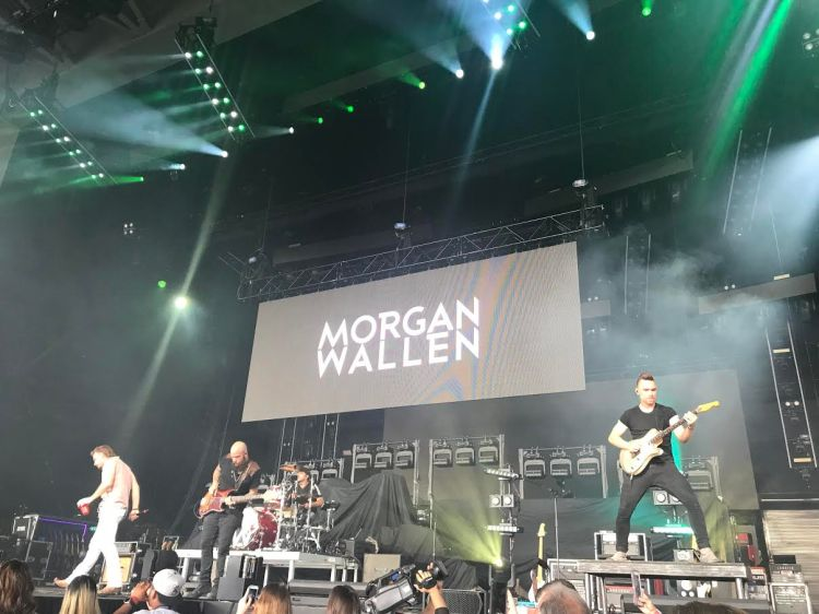 Morgan Wallen on Stage.jpg